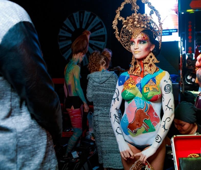 Работа девушка модель боди арт работа для девушки в дубаи