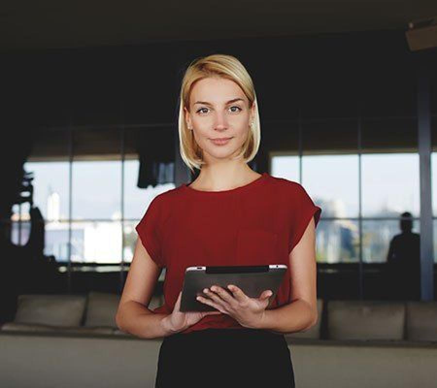 Radisson Blu Hotel Kiev Podil в настоящее время ищет Hostess в ресторан завтраков