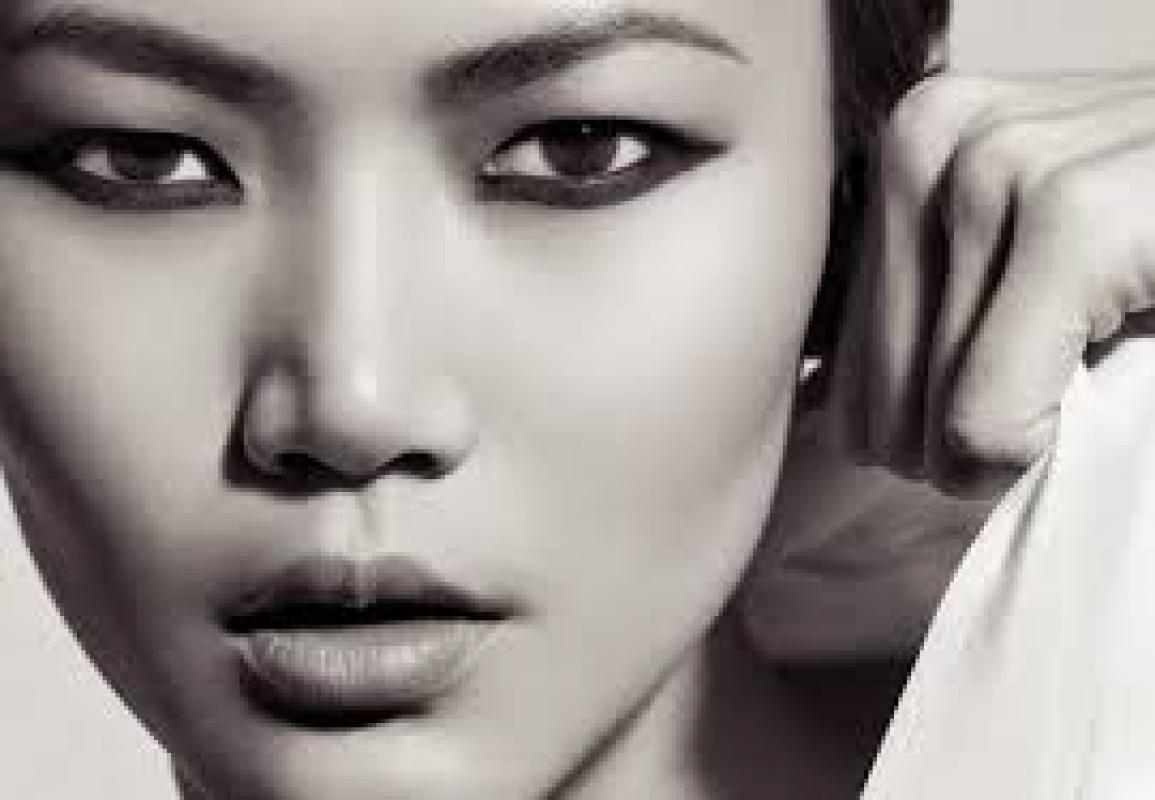 Нужны хостес азиатской/восточной внешности на 7.10