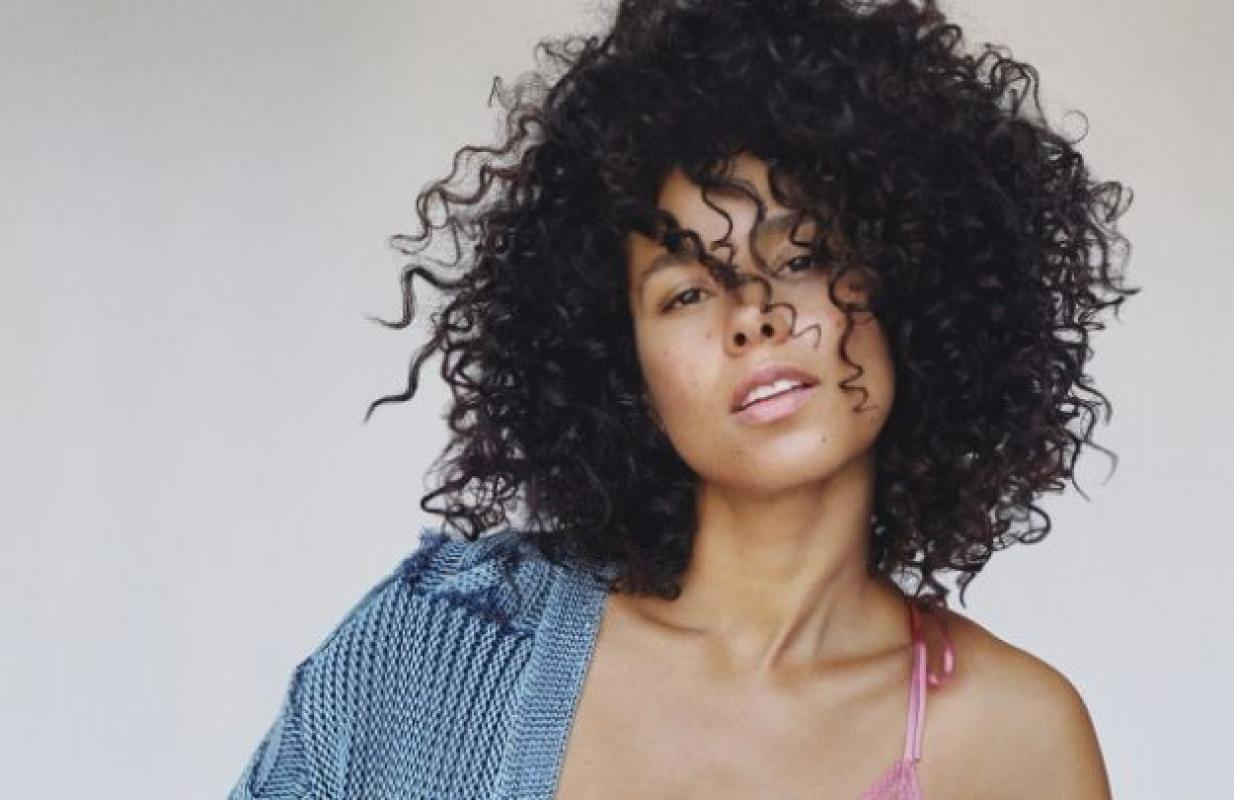Нужна модель афроамериканской внешности с танцевальными навыками для съемки рекламного ролика